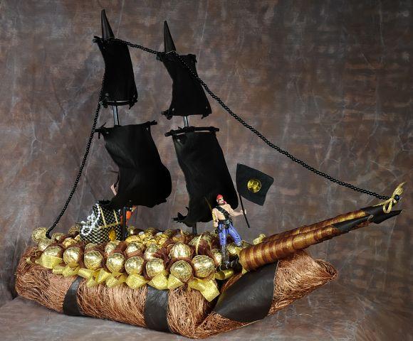 корбль пиратский