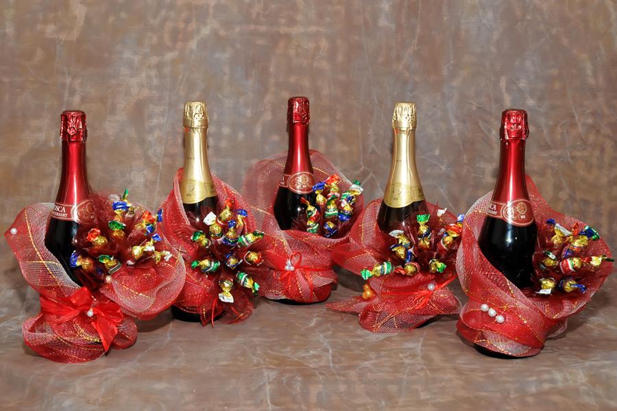Украшаем шампанское на подарок 81